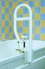 Using a side bar for tub transfers for home health safety